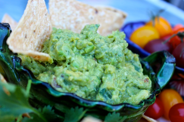 Recipes for Cinco de Mayo, fresh home-made guacamole, salsa recipe, perfect your knife skills by making guacamole and salsa