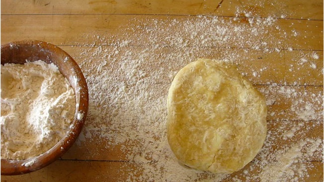 How to make a perfect pie crust | www.dearmartini.wordpress.com