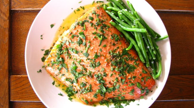 Easy Salmon Recipe via Dear Martini Blog