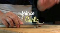 mince garlic thumbnail